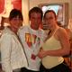 Till Kraemer mit zwei Fans auf der Venus in Berlin 2006